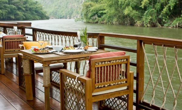 Kanchanaburi: The Floathouse River Kwai Resort