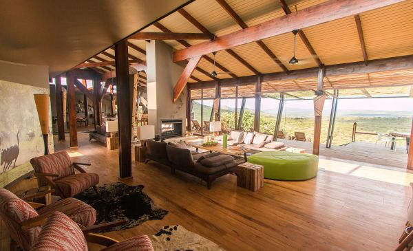Hluhluwe: Rhino Ridge Safari Lodge