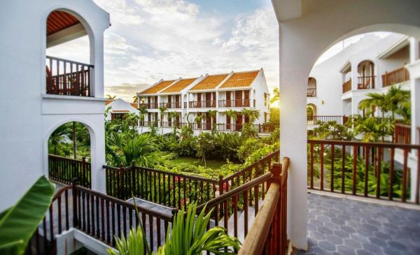 Hoi An: Ancient House Village Resort