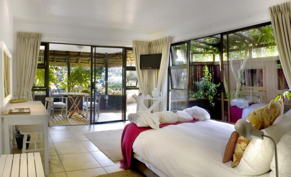 St Francis Bay: Sandals Guesthouse